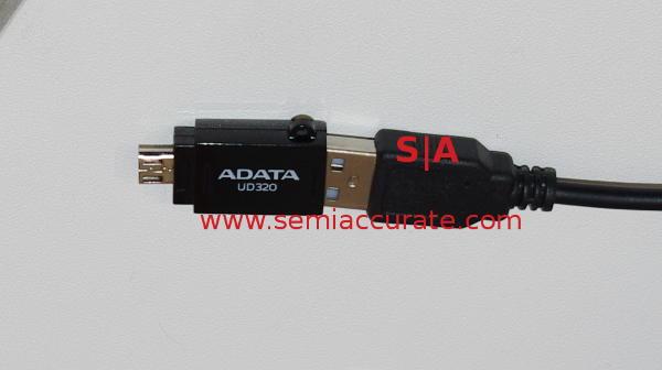 Adata UD320 USB OTG drive