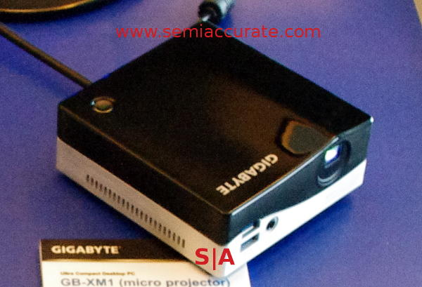Gigabyte Brix with projector